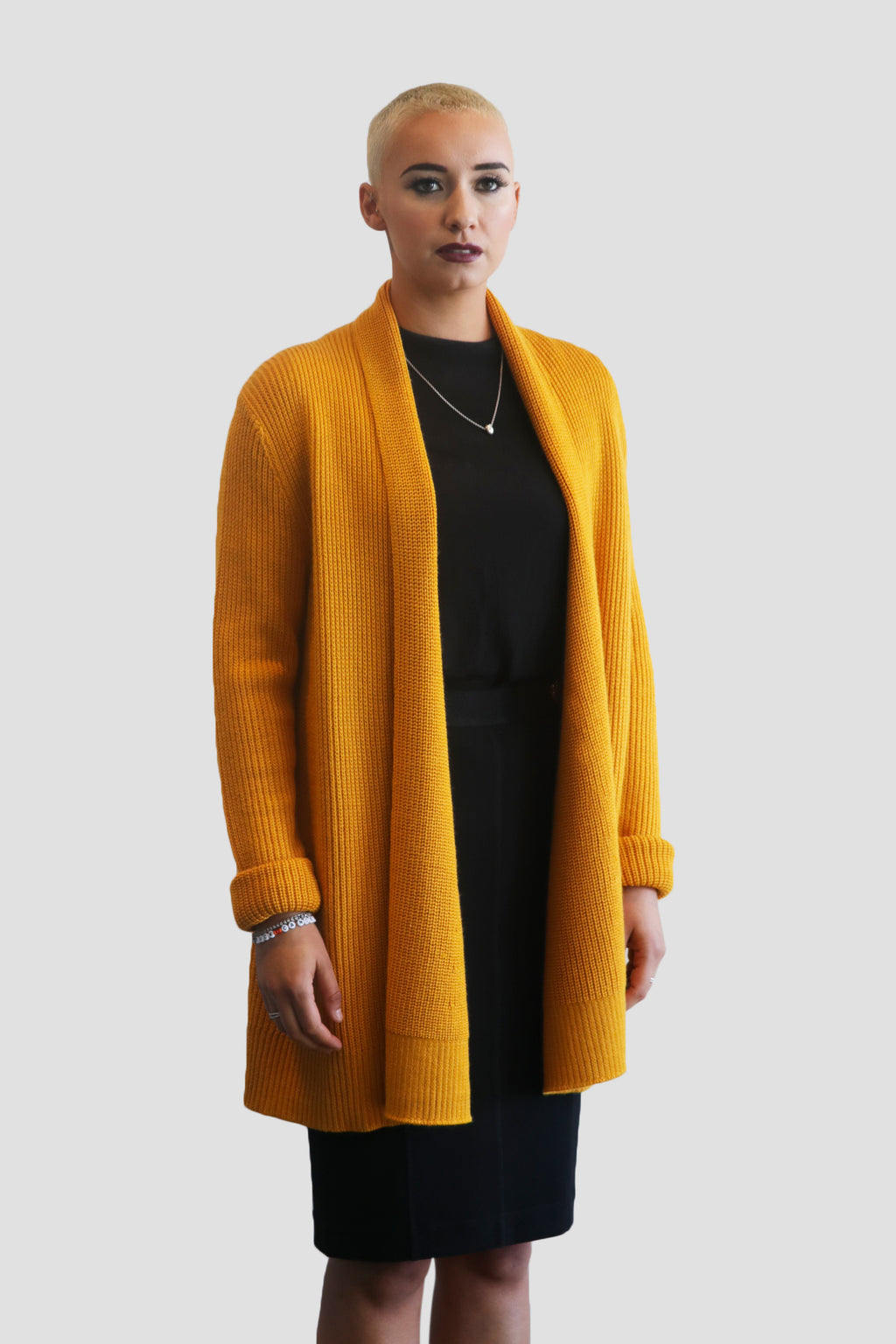 WOOL-BLEND OPEN-FRONT CARDIGAN Heavy knit wool-blend open-front cardigan for women. Style this Emma Chai open-front cardigan with Marc Jacobs, Plakinger, and Liliana. bright color bold color @emmachaiofficial emma chai