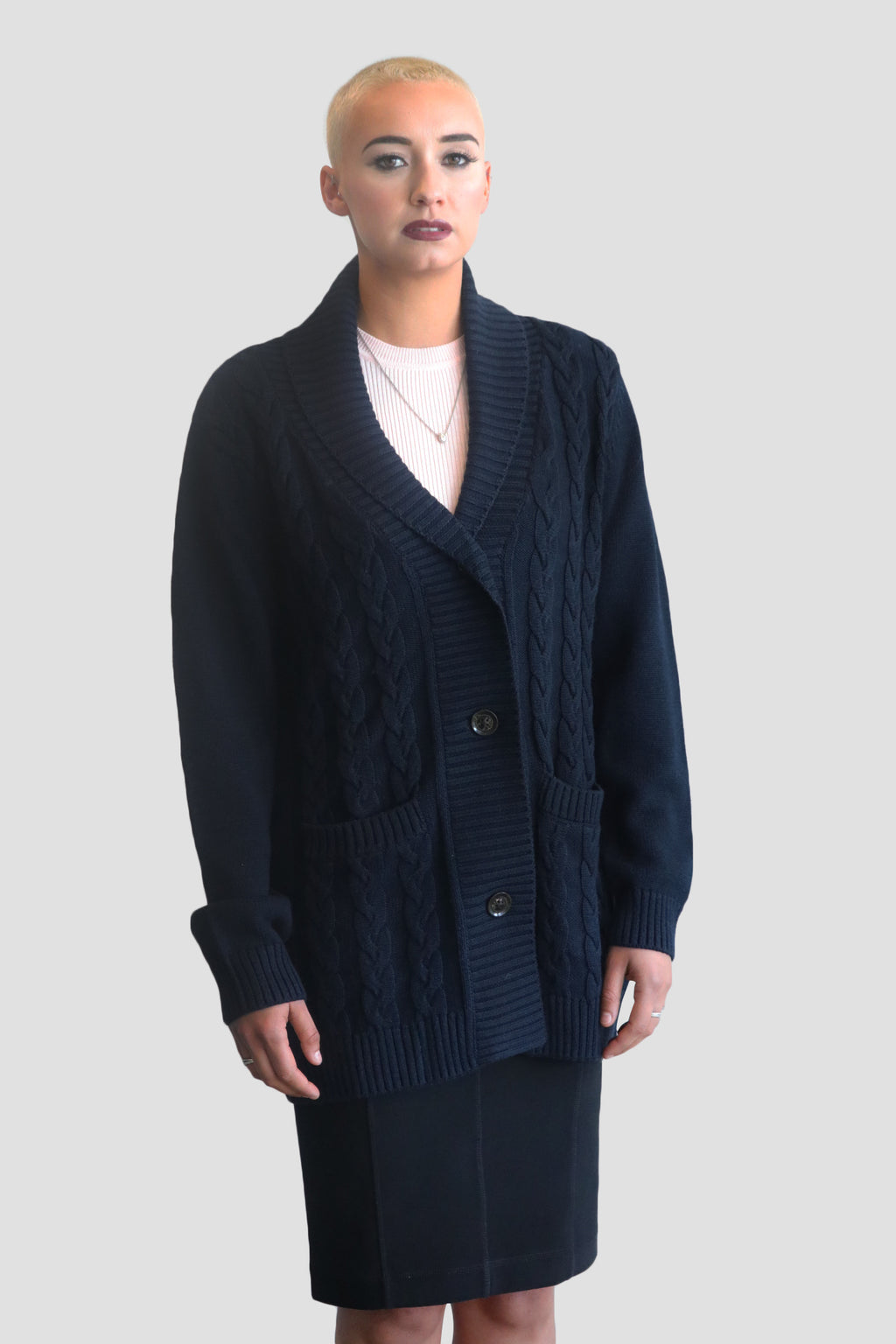 emma chai CABLE KNIT WOOL & SILK BUTTON-FRONT CARDIGAN Heavy knit Emma Chai wool-silk cardigan with pockets for women. @emmachaiofficial @mo2theem Kate harrison sumaila palla @rebeccaraereagan