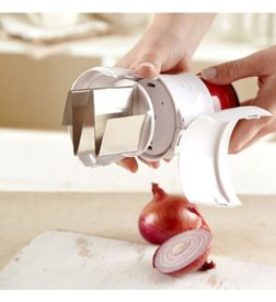 Zyliss Zick-Zick 2 Handheld Food Chopper