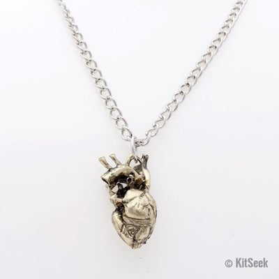 Silver Detailed Heart Necklace