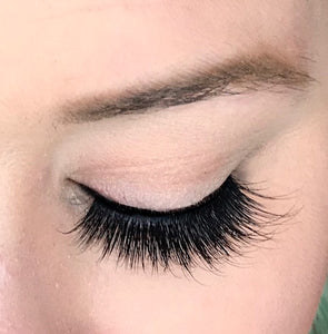 Dollhouse Lashes Silk Lash in Muse is a solid yet soft and wispy, double-layered silk lash