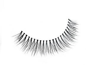 Classic Beauty False Eyelash | Dollhouse Lashes