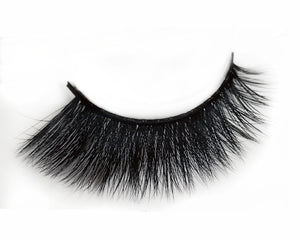 Masterpiece Silk Eyelash | Dollhouse Lashes