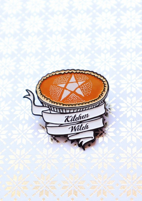 KITCHEN WITCH PIE PIN
