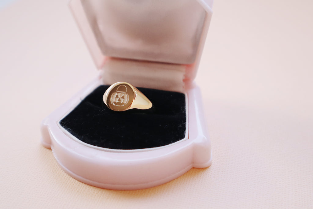 PUMPKIN PAIL SIGNET RING