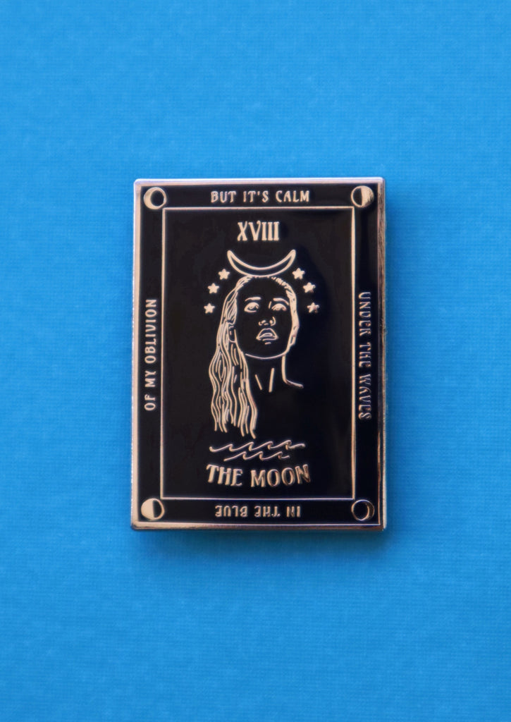 FIONA THE MOON TAROT PIN