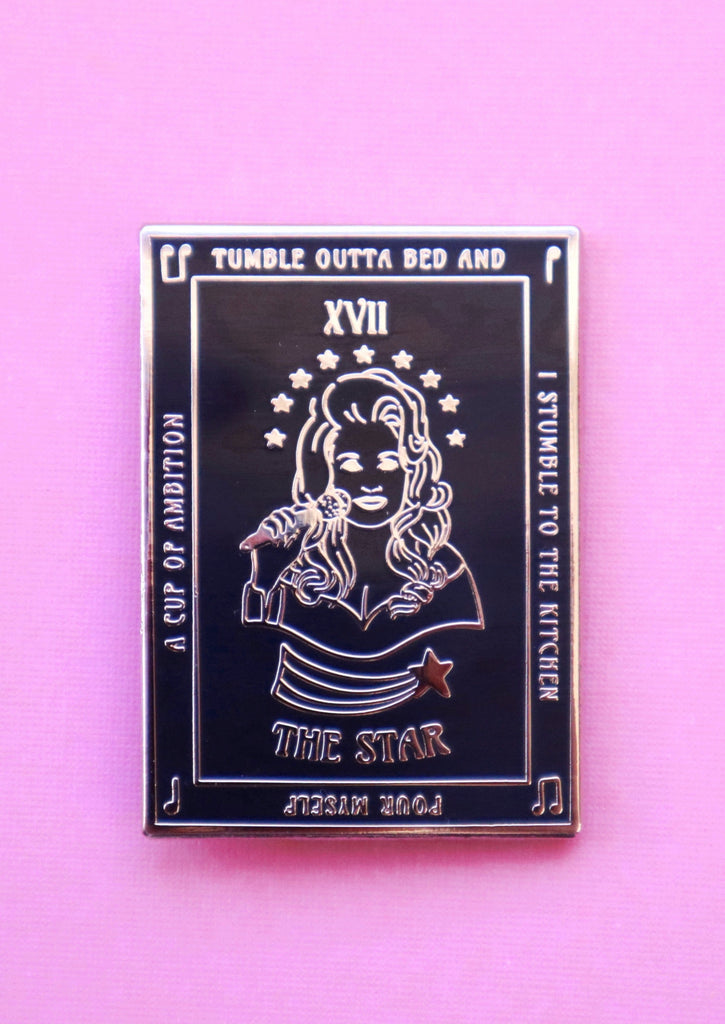 DOLLY THE STAR TAROT PIN