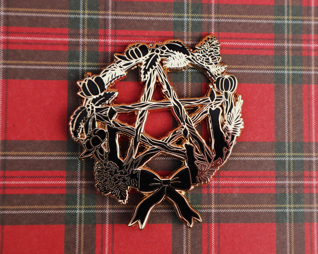 PENTACLE WREATH PIN BROOCH