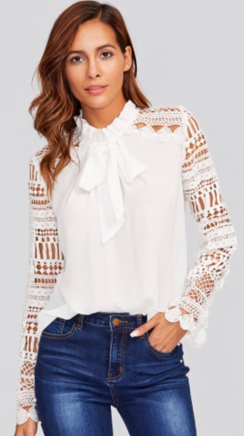 White lace sleeved shirt