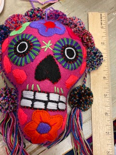 Calavera Colgante 7 inch Assorted Colors