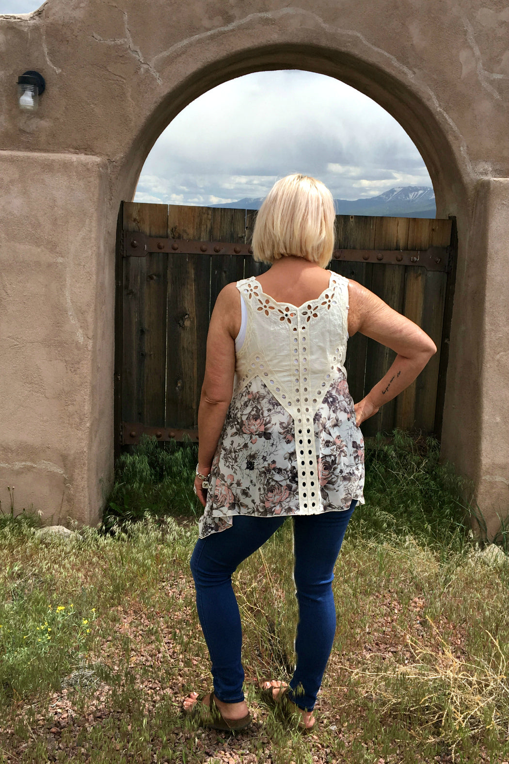 Eyelet Crochet Floral Tunic Top