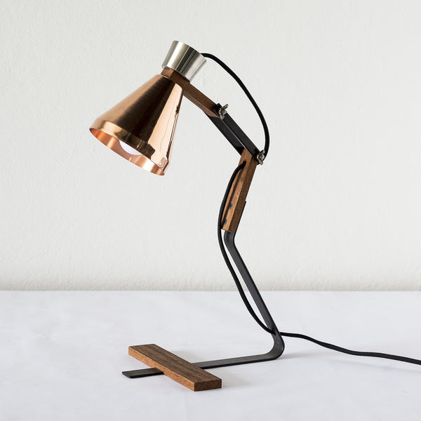 C30 lamp by T44 studio - Copper and wood