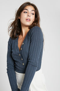 Long Sleeve Fine Button V-Neck Sweater