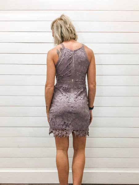 Sleeveless Lace Bodycon Dress with Lining