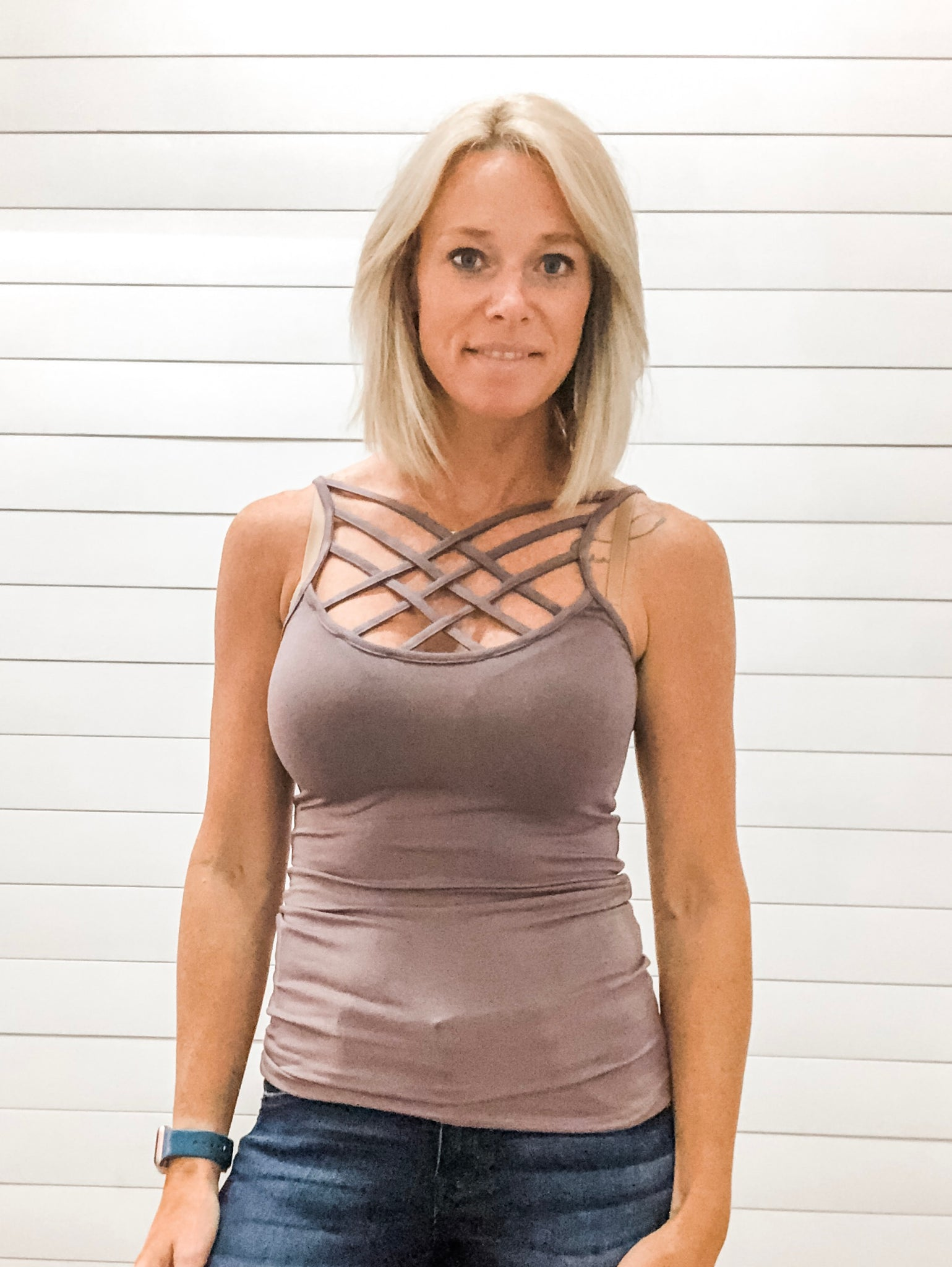 Reversible Woven Cage Strap Detailed Neckline Fitted Tank Top
