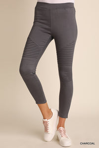 Womens Fashion Washed Moto Jeggings with Pintuck & Zipper Detail