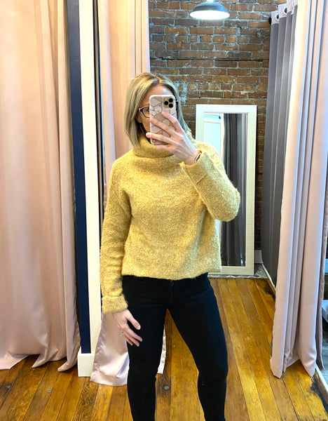 Long Sleeve Turtle Neck Knit Sweater Top