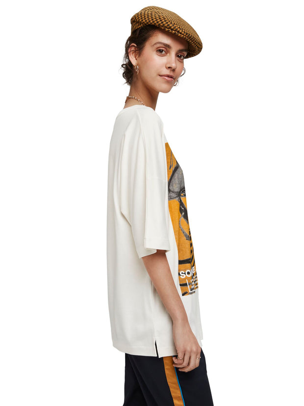 Scotch & Soda Loose Fit Short Sleeve Tee With Artwork - Off White