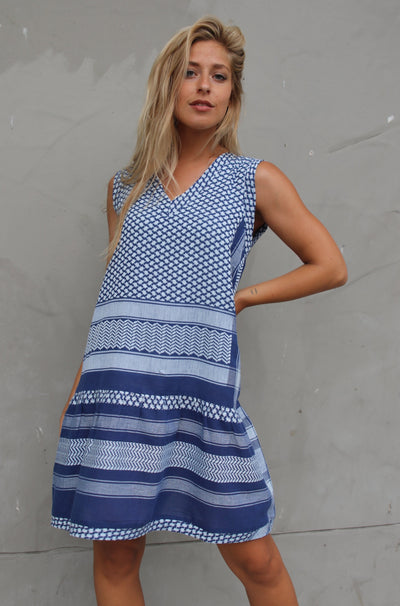 Dress 2 V No Sleeves - Twillight Blue