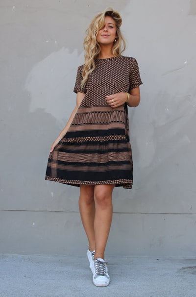 Dress 2 O Short Sleeves - Black/Oak