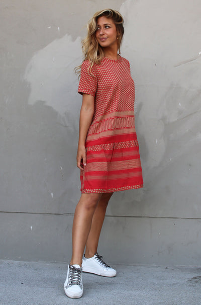 Dress 2 O Short Sleeves - Camel/Red