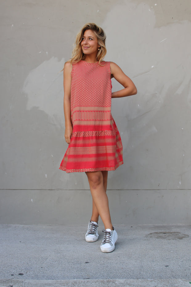 Dress 2 O No Sleeves - Camel/Red