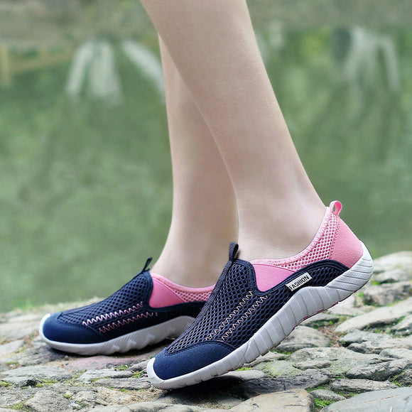 New Women Outdoor Mesh Breathable shoes