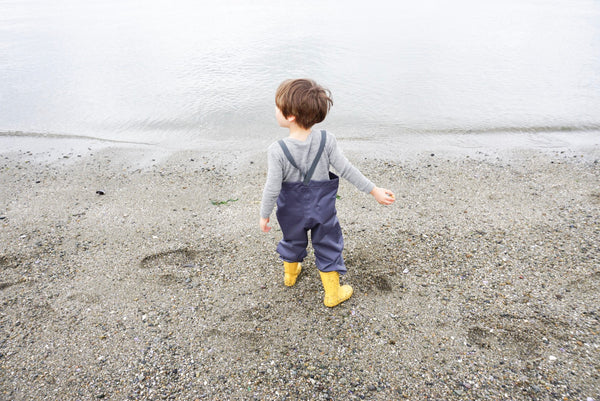 Review of fairchild's rainpants by Canadian influencer 600 squarefeet and a baby.