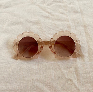 bebe shell sunnies (translucent)