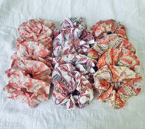 BLOCK PRINT SCRUNCHIES (BLUSH MIXED)