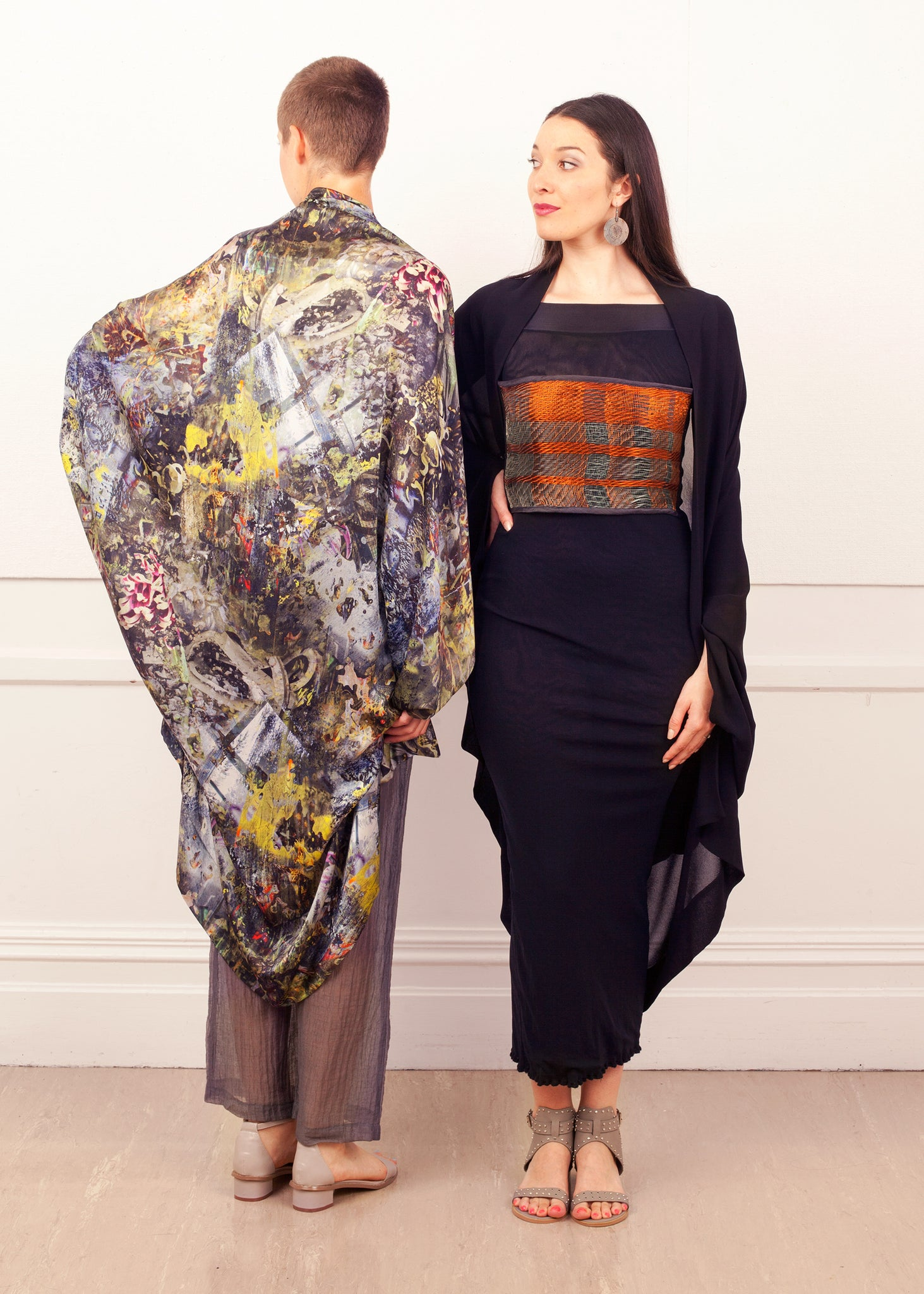 Fraser Crowe Featherweight Kimono #lesslandfill Lease ethical fashion, sustainable fashion, designer clothes, plus size clothing, textile print clothing, luxury online fashion, slow fashion