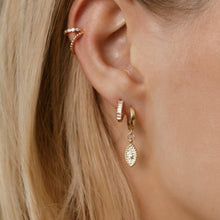Load image into Gallery viewer, Mini Bezel Ear Cuff - ShopHannaLee