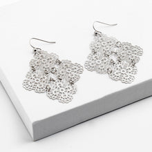 Load image into Gallery viewer, Filagree Diamond shape Earrings - ShopHannaLee