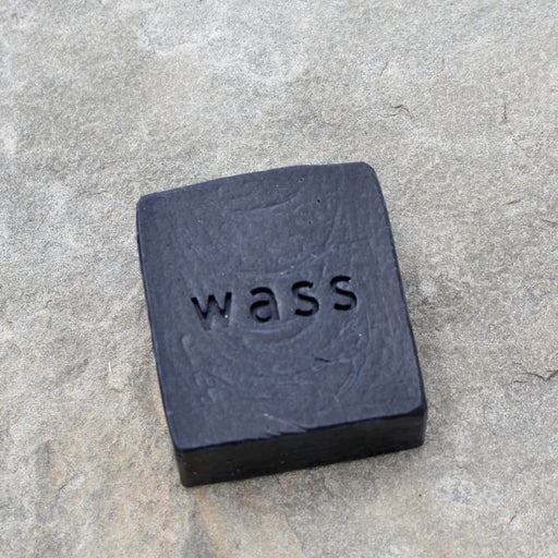 SOAP / Activated Charcoal with Lemon + Basil