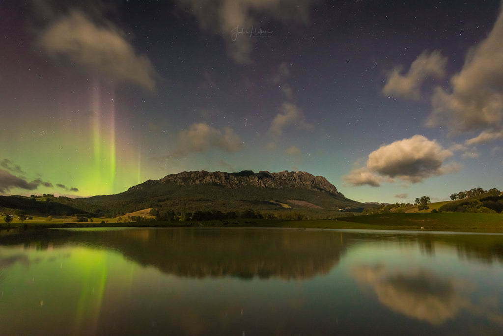 Aurora Mount Roland Sheffield Tasmania 8 September 2017