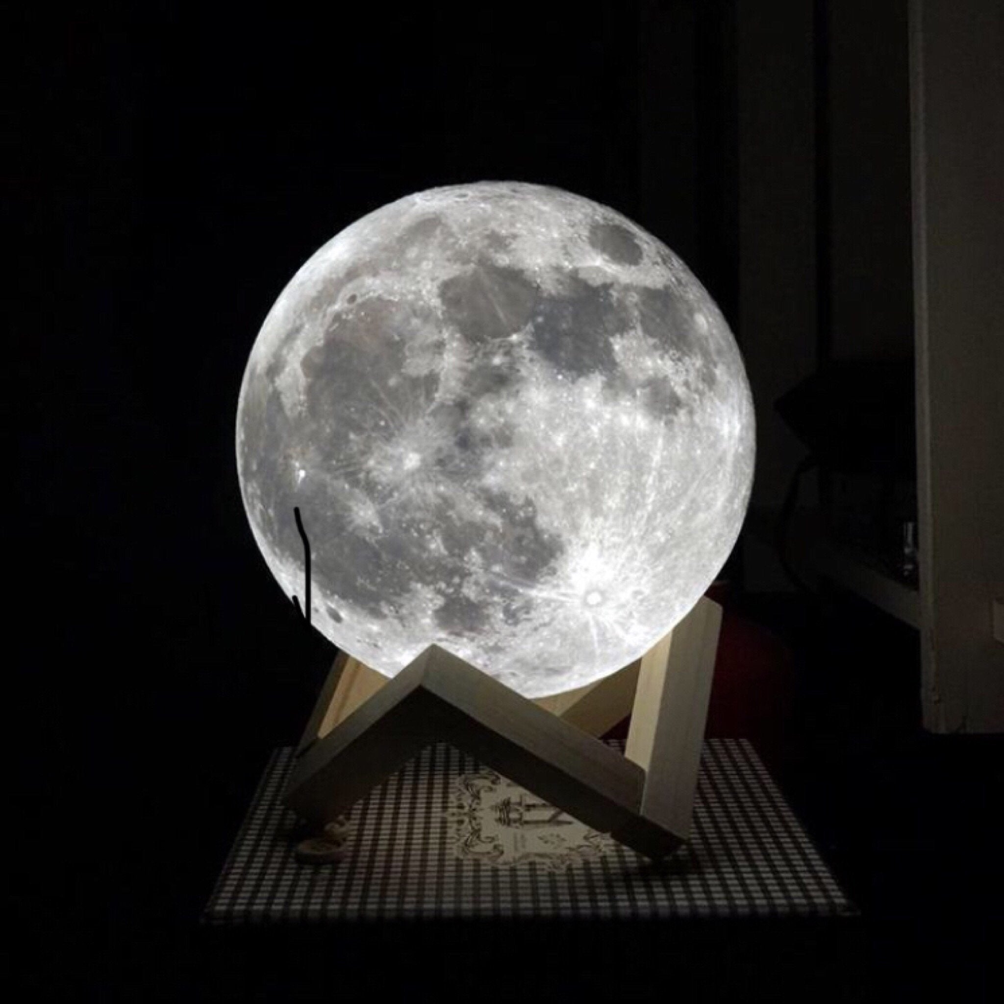 AllVirals Diameter 12cm 3D LED Moon Light