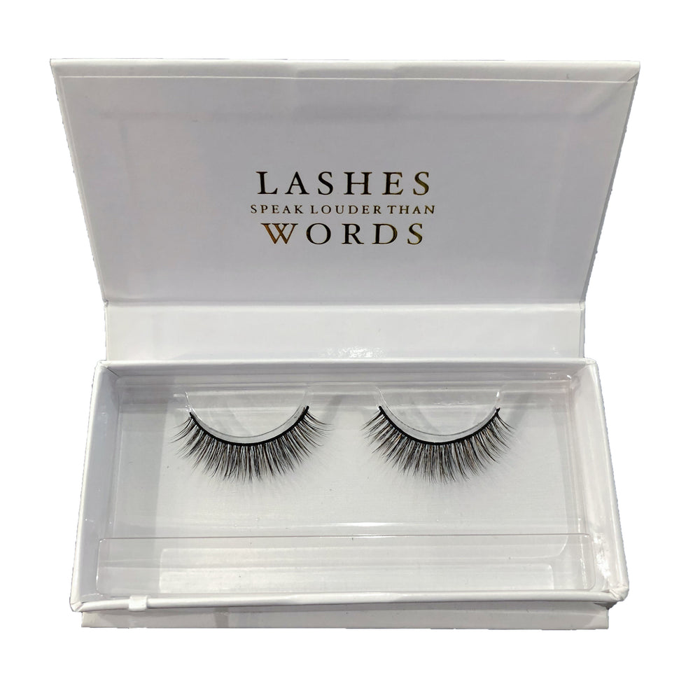 CheekyBits Lashes - The Queen