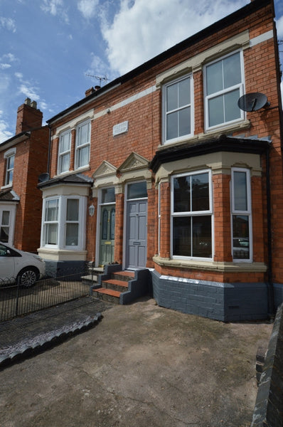 McIntyre Road, 4 bedrooms NOW RESERVED FOR 1ST AUG 2020-2021 All Bills Included - StudentShac Worcester