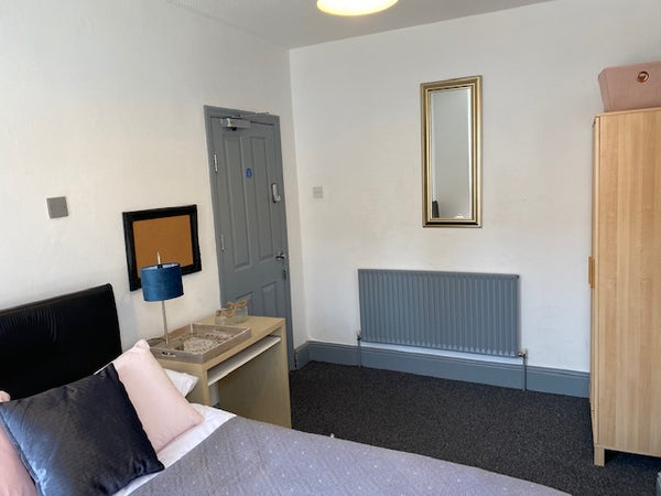 McIntyre Road, 4 bedrooms NOW RESERVED FOR 1ST AUG 2021 12 MONTHS All Bills Included