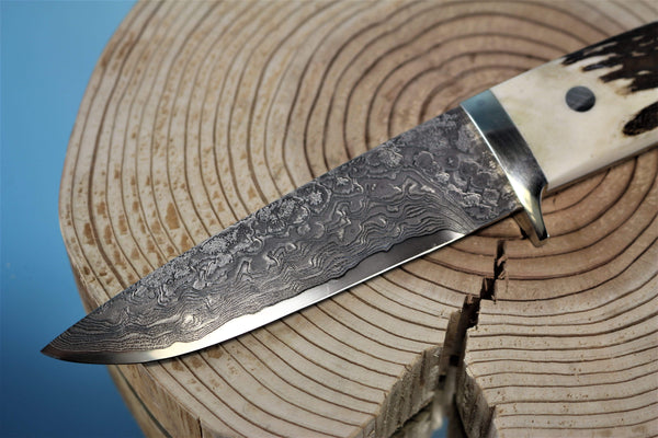 "Mr. Itou  IT-26 Drop Point Hunter, 4-1/2"" blade ""Sambar Stag Handle"""