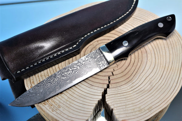 "Mr. Itou  IT-32 Utility Hunter ""Streaked Water Buffalo Horn Handle"""