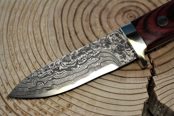 "Mr. Itou  IT-48 Utility Hunter ""3-3/8"" R2 Damascus Blade, Red Pakkawood Handle"""