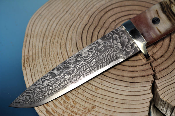 "Mr. Itou  IT-69 Drop Point Hunter, 4-7/8"" R2 Damascus blade ""Sheep Horn Handle"""