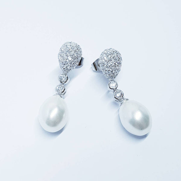 Pearl drop earrings, Bridal earrings, genuine pearl earrings, vintage earrings, Wedding Earrings