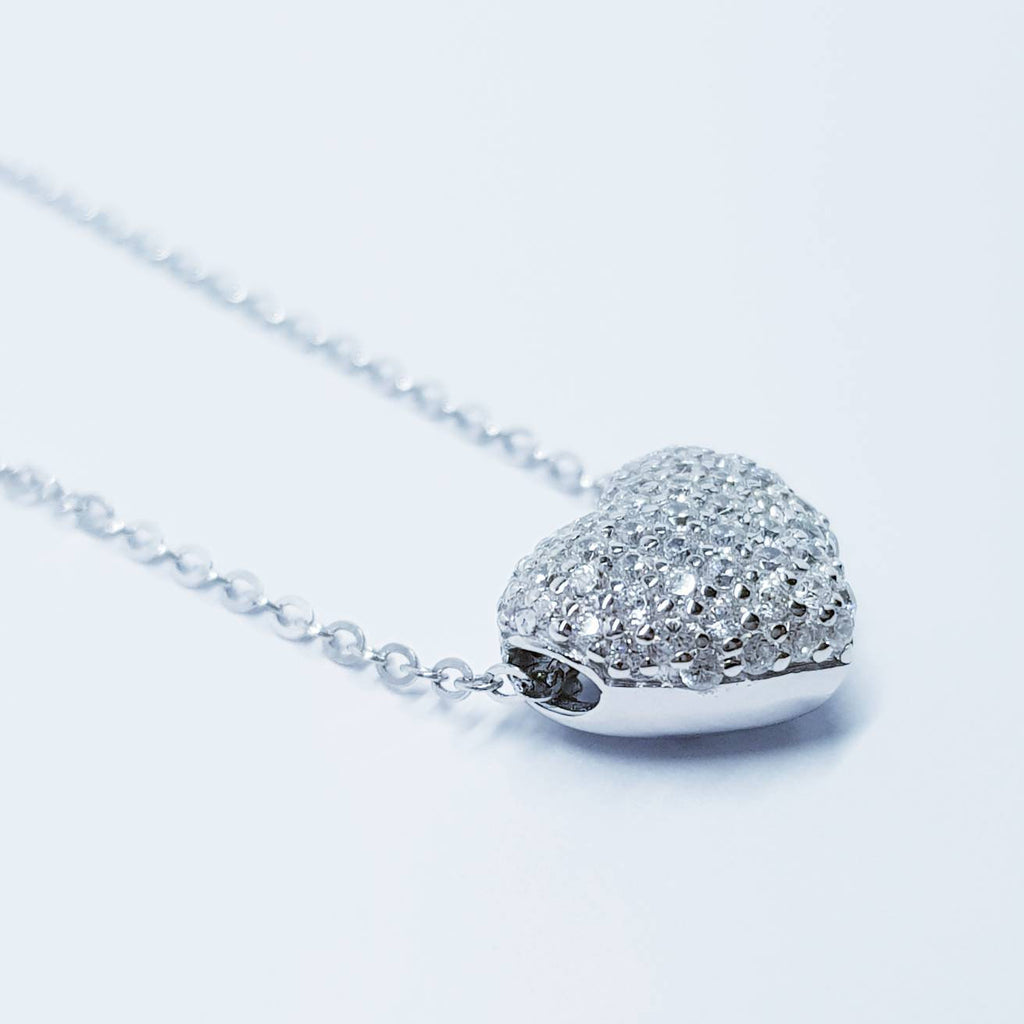 Heart necklace, small heart pendant, heart Jewelry, dainty heart, elegant necklace