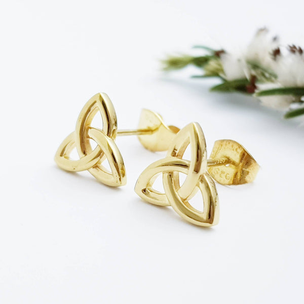 Minimal Celtic knot Earrings, tiny Celtic studs, trinity knot stud earrings, small earrings