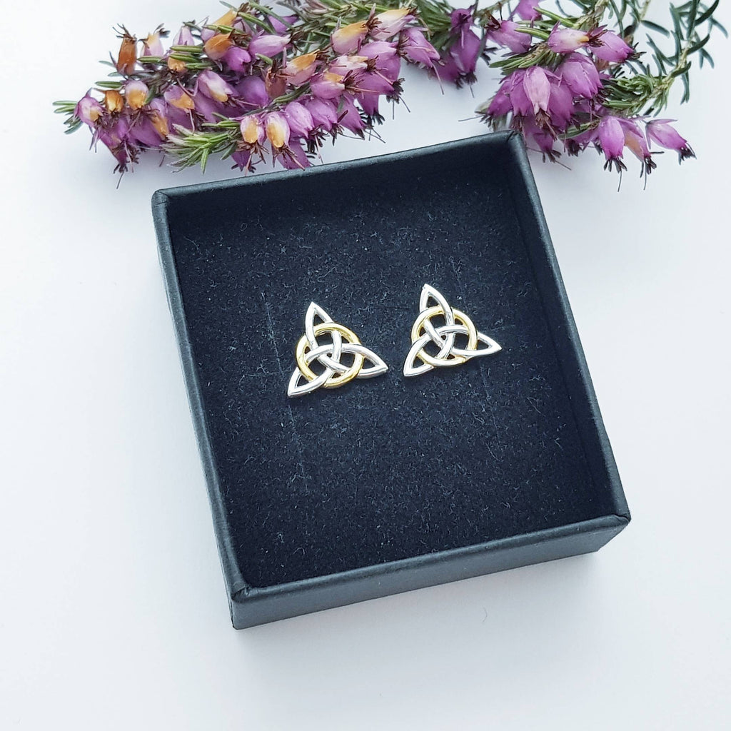 Celtic knot Earrings, Irish Earrings, Celtic Earrings, Small Celtic Earrings, triquetra earrings