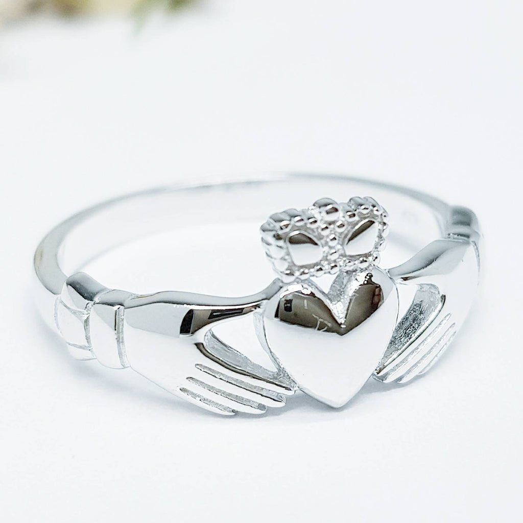 Small silver claddagh ring, Irish claddagh ring, delicate claddagh ring