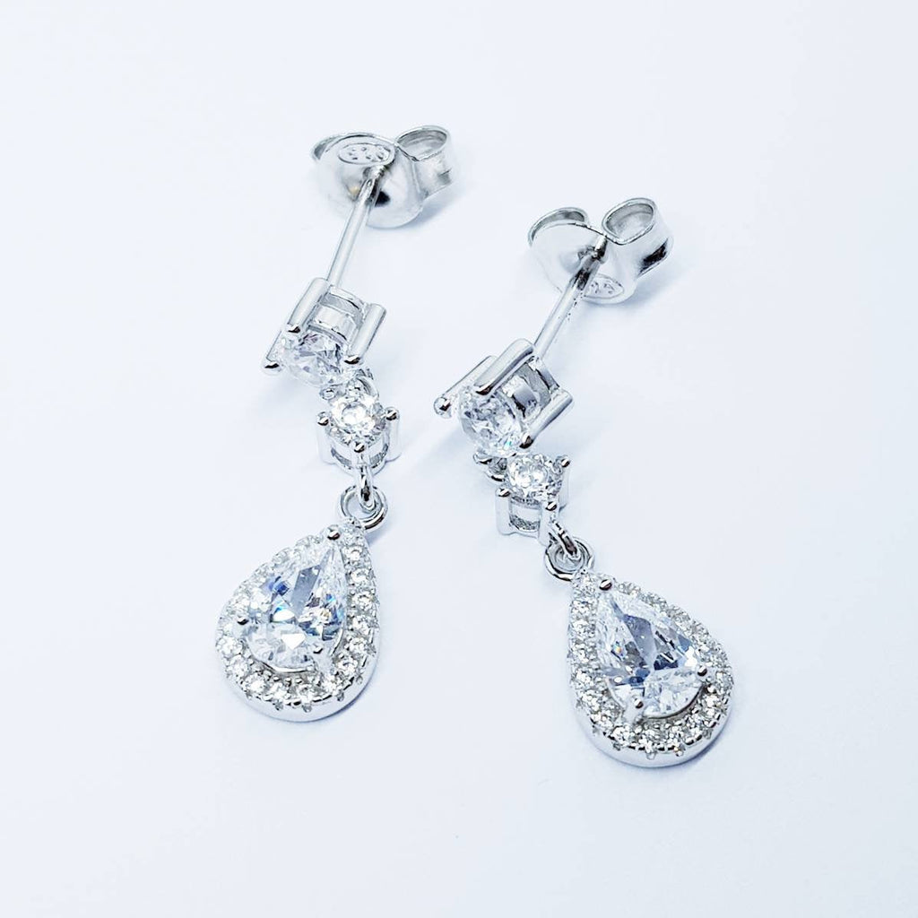 Bridal Diamond Earrings, chandelier Earrings, dainty teardrop Earrings, marquis and pear shaped stones