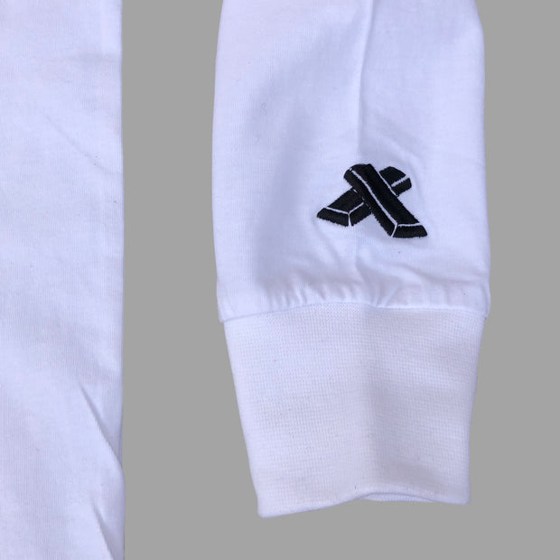 Long sleeves white with stiched logo